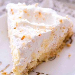 Banana Coconut Cream Pie with Graham Cracker Crust