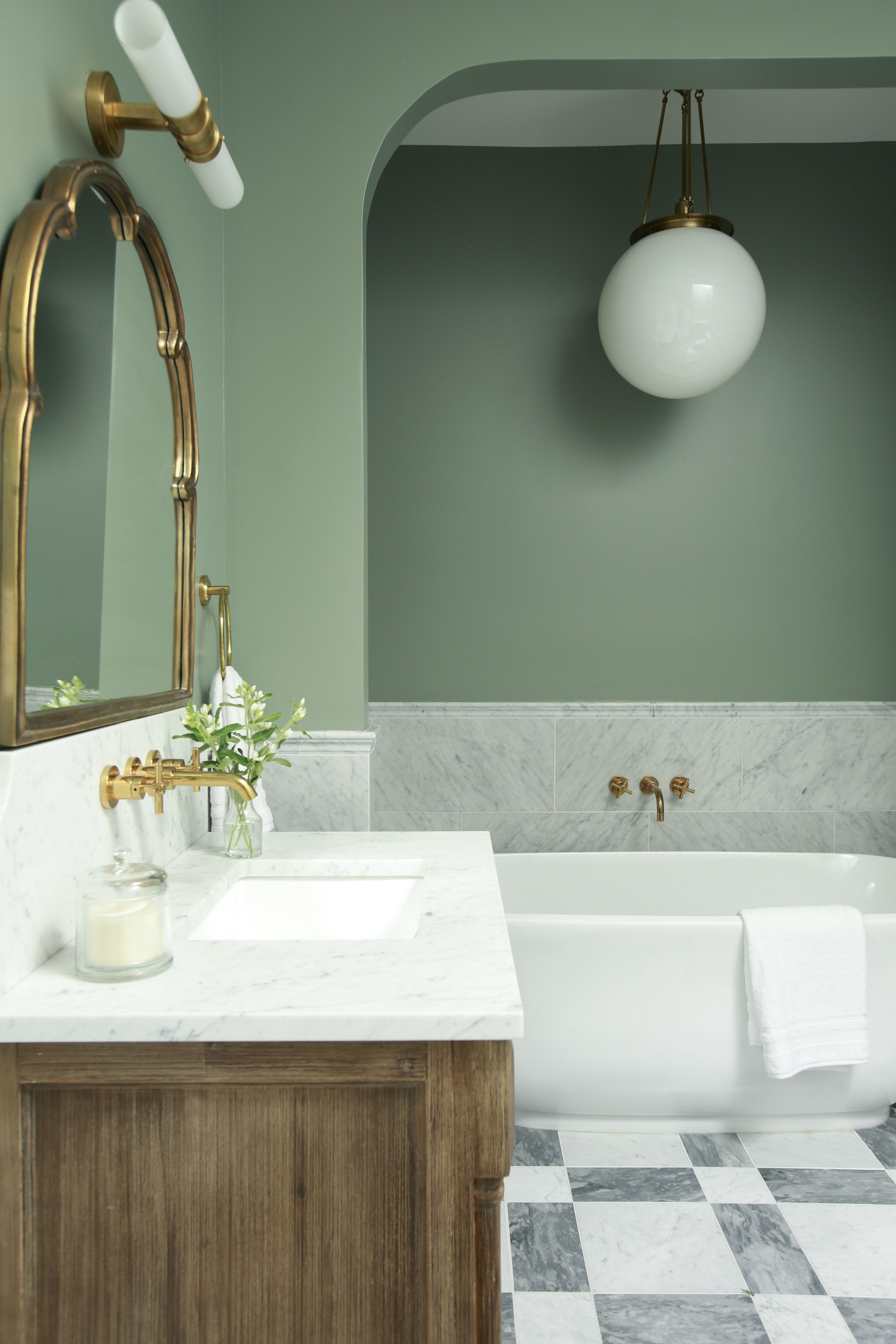 Master bathroom is a Philadelphia Victorian Townhouse ...