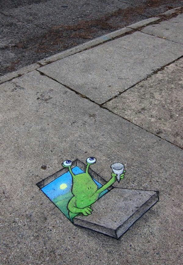 Pin By Jacqueline Pickott On Street Art Sidewalk Chalk Art Sidewalk Art 3d Chalk Art