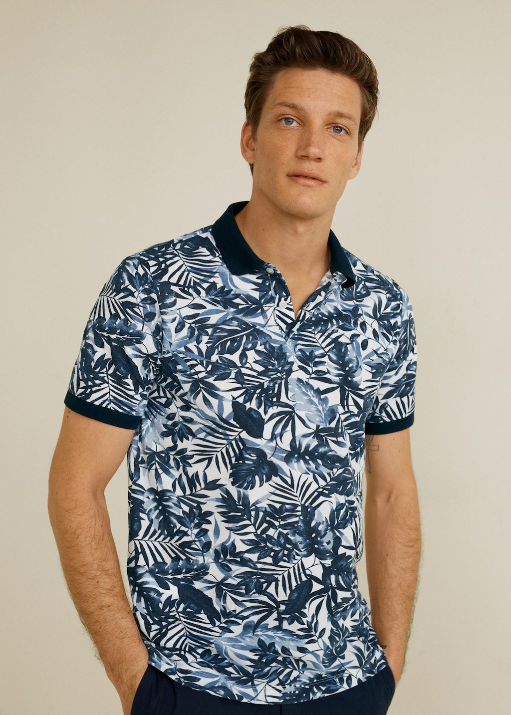 Polo Estampado Hawaiano Polos De Hombre Mango Man Espana In 2020 Polo Shirt Mens Shirts Mens Tops