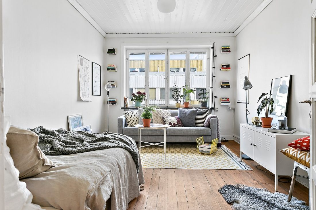 Cool fresh studio apartment perfect for a student