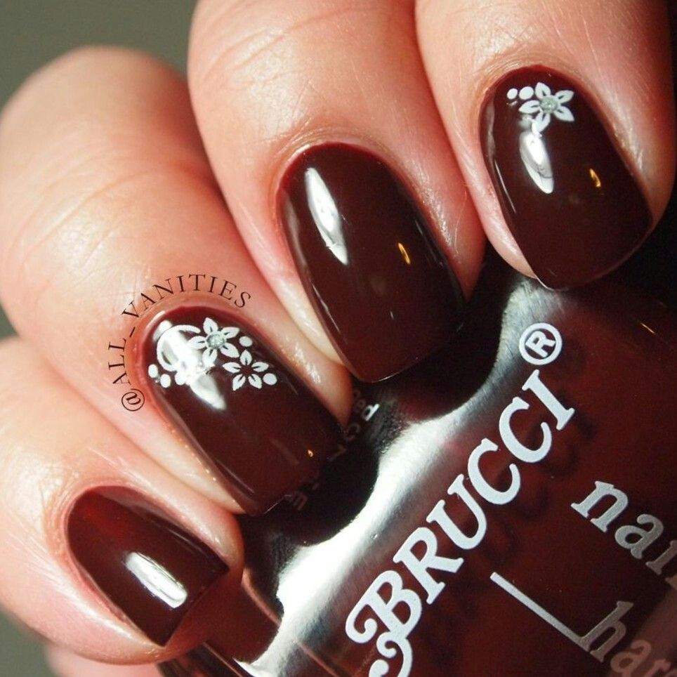 Brucci Nail Polish In Noelles Perells Decals From Sally Beauty Su