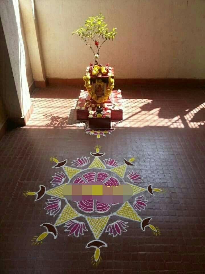 Best Pin By Girija Shankar On Dbvv Puja Room Pooja Rooms 400 x 300
