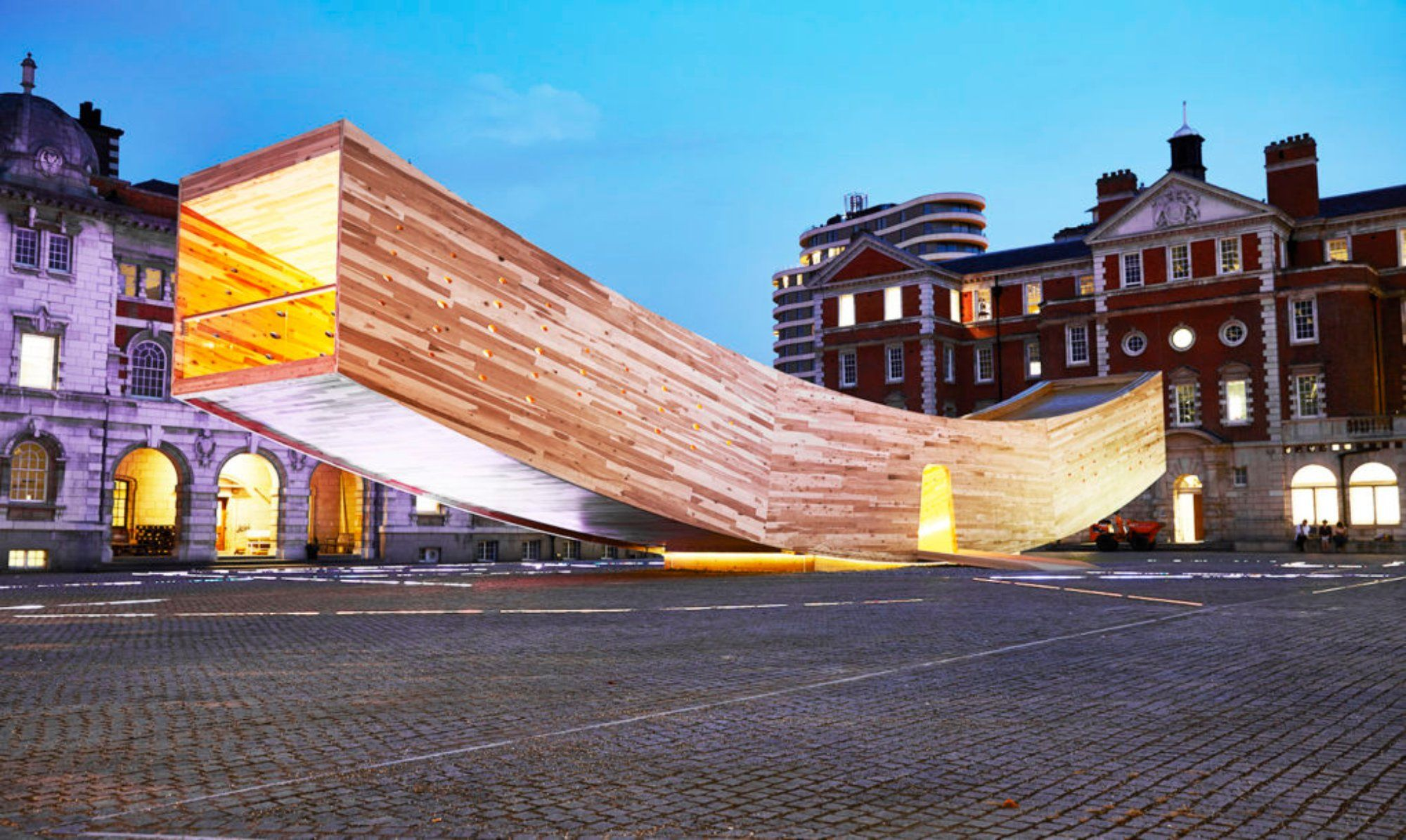 During the London Design Festival 2017, hundreds of large-scale installations, exhibitions and events pop up in many unique spaces across London, from world-fam