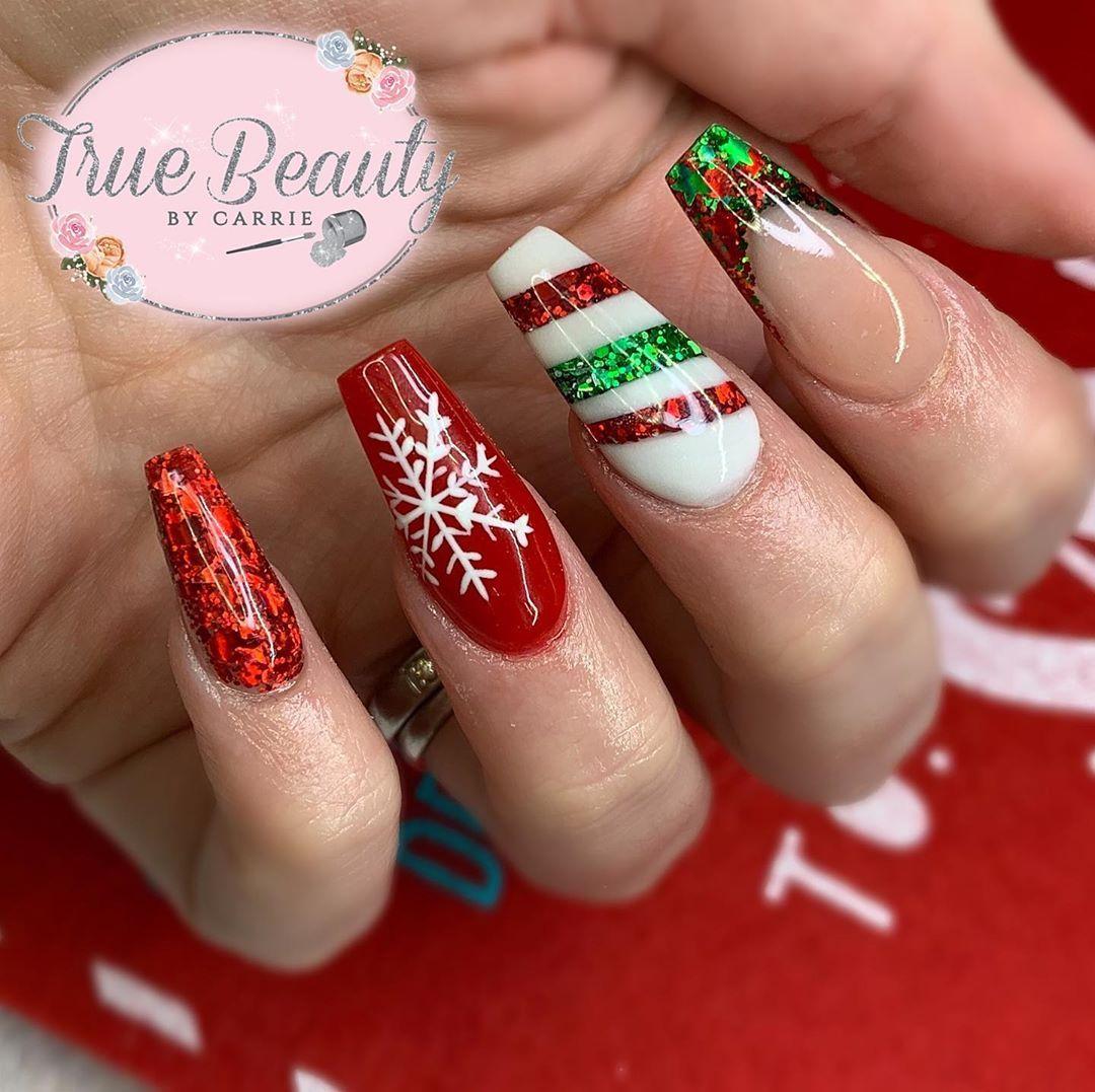 Best Christmas Nails 25 Best Christmas Nails For 2020 Christmas Nails Xmas Nails