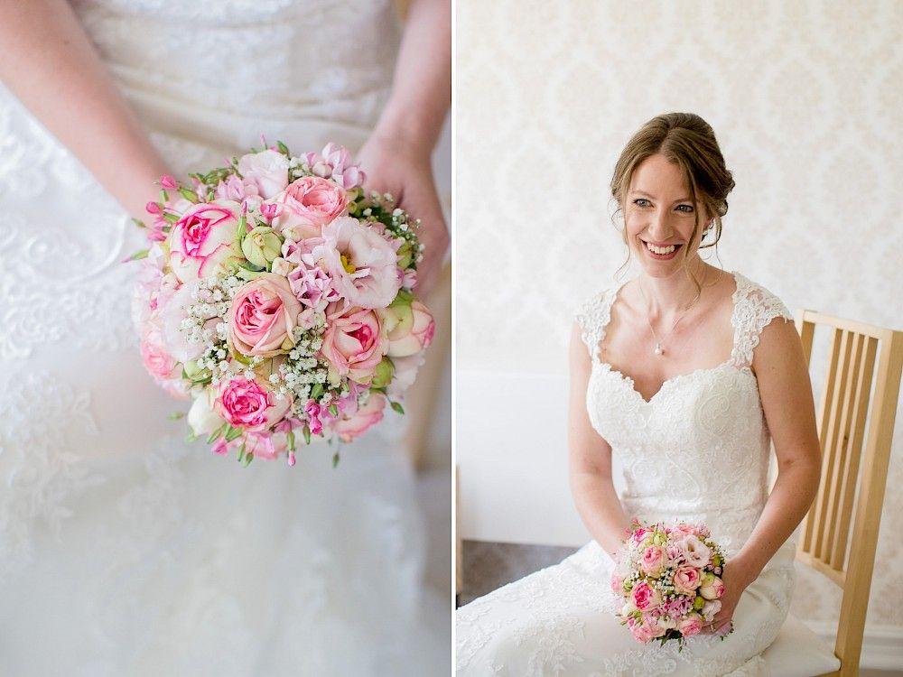 Zweiteiliges Bild Der Braut Und Brautstrauss Braut Brautstrauss Brautkleid Brautstrauss Hochzeit Hochzeitsfotograf