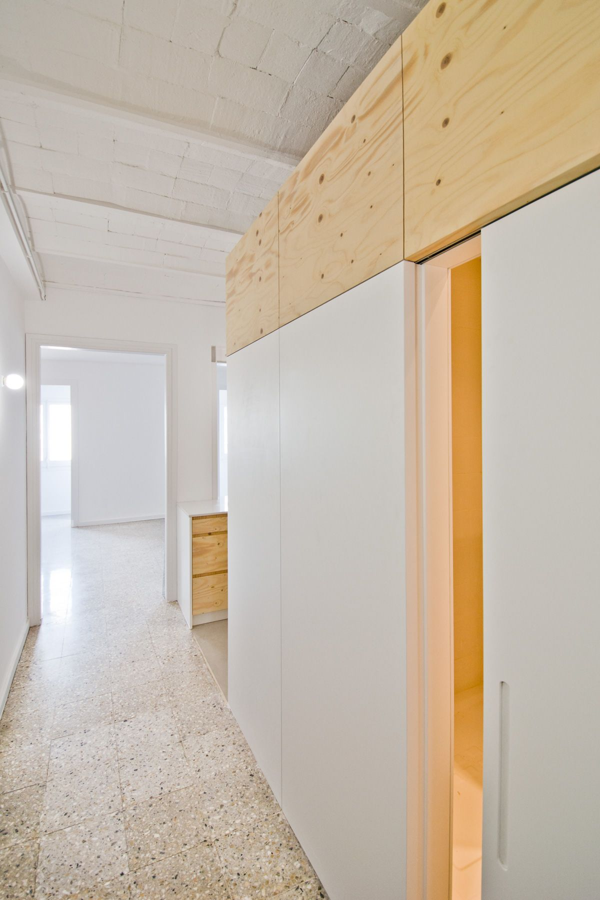 Carles Enrich - Apartment renovation in Casp