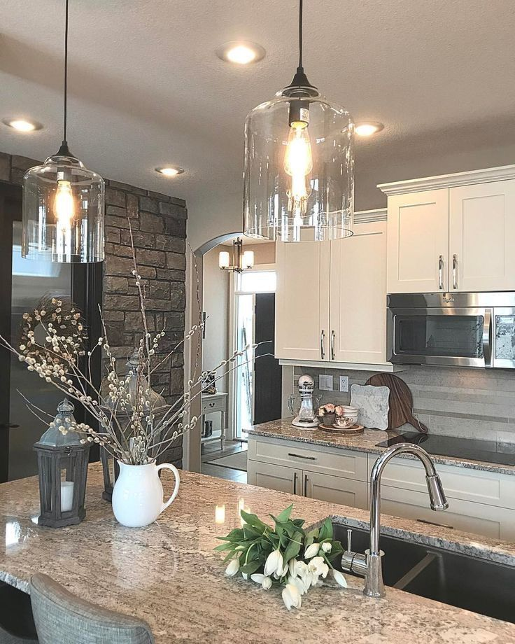 Like The Hanging Pendant Light Fixtures In This One They Give A Rustic Farmhouse Farmhouse Kitchen Design Modern Kitchen Interiors Farmhouse Kitchen Lighting