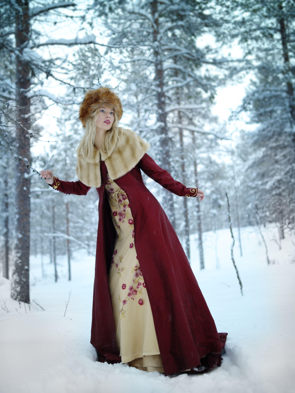 Love it. Looks SO Russian! photos by agata stoinska for Irish Brides ...