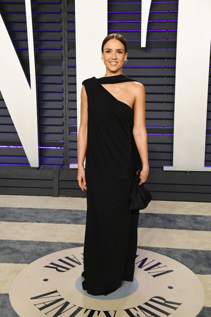 6f03eed9214 Jessica Alba attends the 2019 Vanity Fair Oscar Party hosted by ...