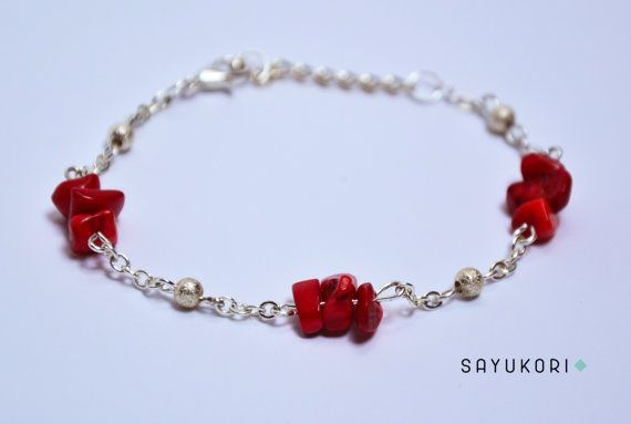 Coral and silver chain bracelet by Sayukori on Etsy