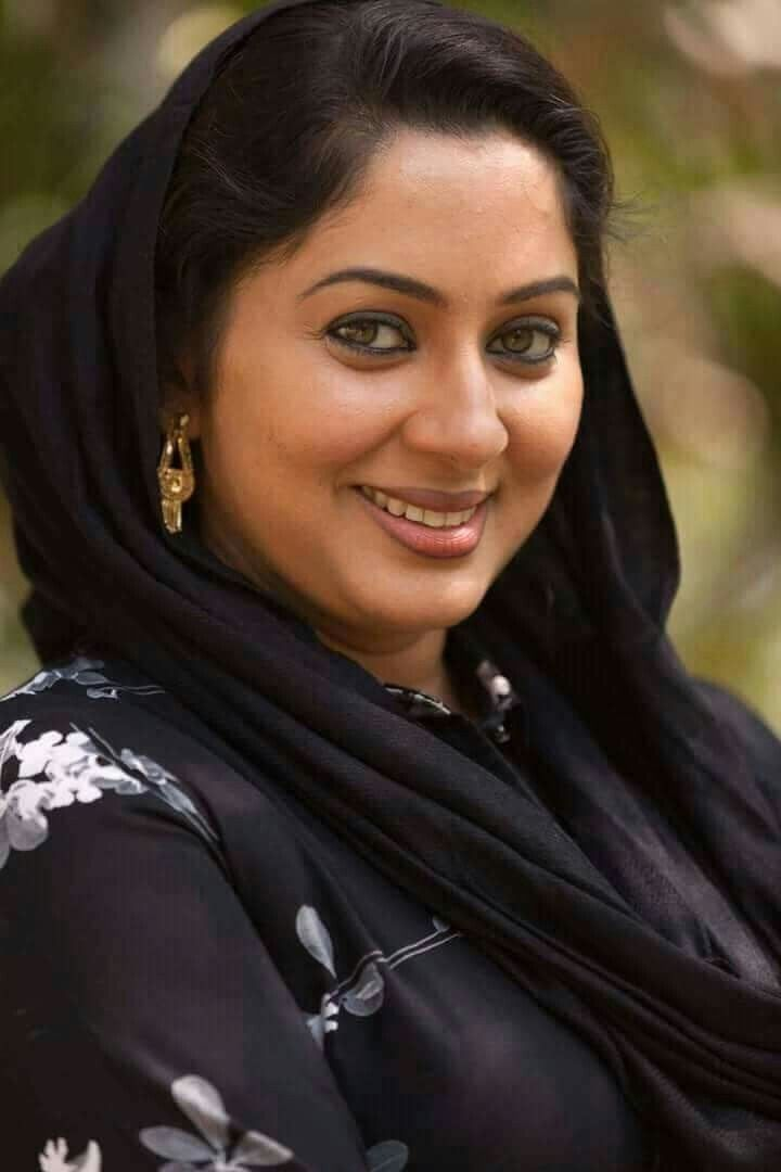 Beautiful Muslim Girls: Hot Pakistani Aunties Galleries