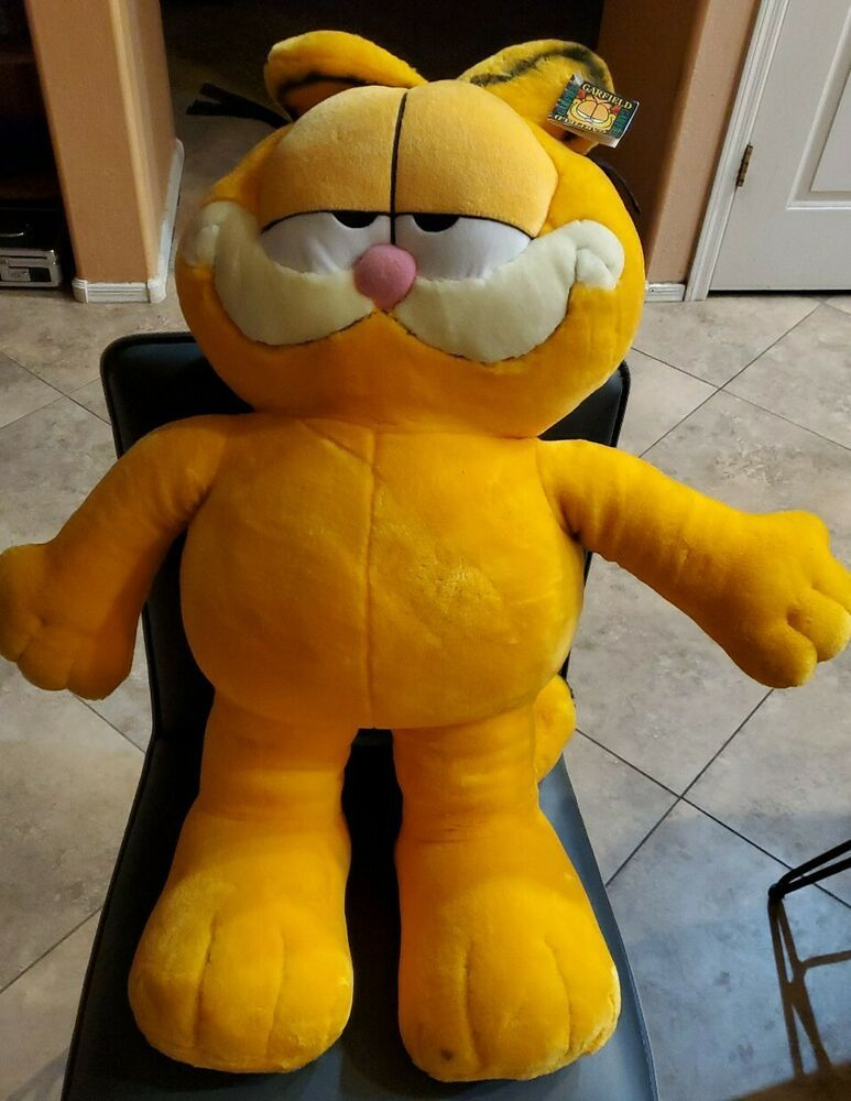 Vintage Large Out Standing Garfield Plush 1978 19 5 Inches Fine Toy Co Ebay In 2020 Garfield Plush Stuffed Animal Cat