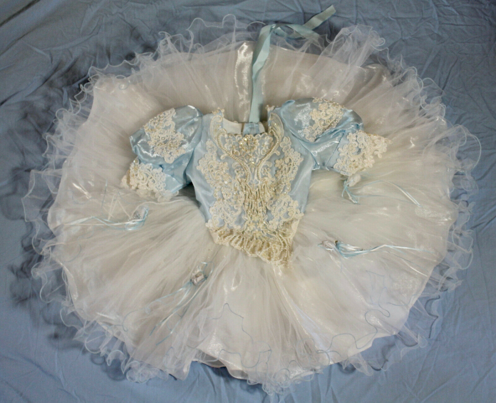 Toddler Girl Circle Pageant Dress Size 3 Blue White Tulle Beading Lace Lida Usa Ebay Pageant Dress Glitz Pageant Dresses White Tulle [ 813 x 1000 Pixel ]