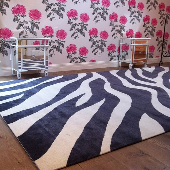 Living Room Rug Called Animal Wool Silk Blend Hand Woven In