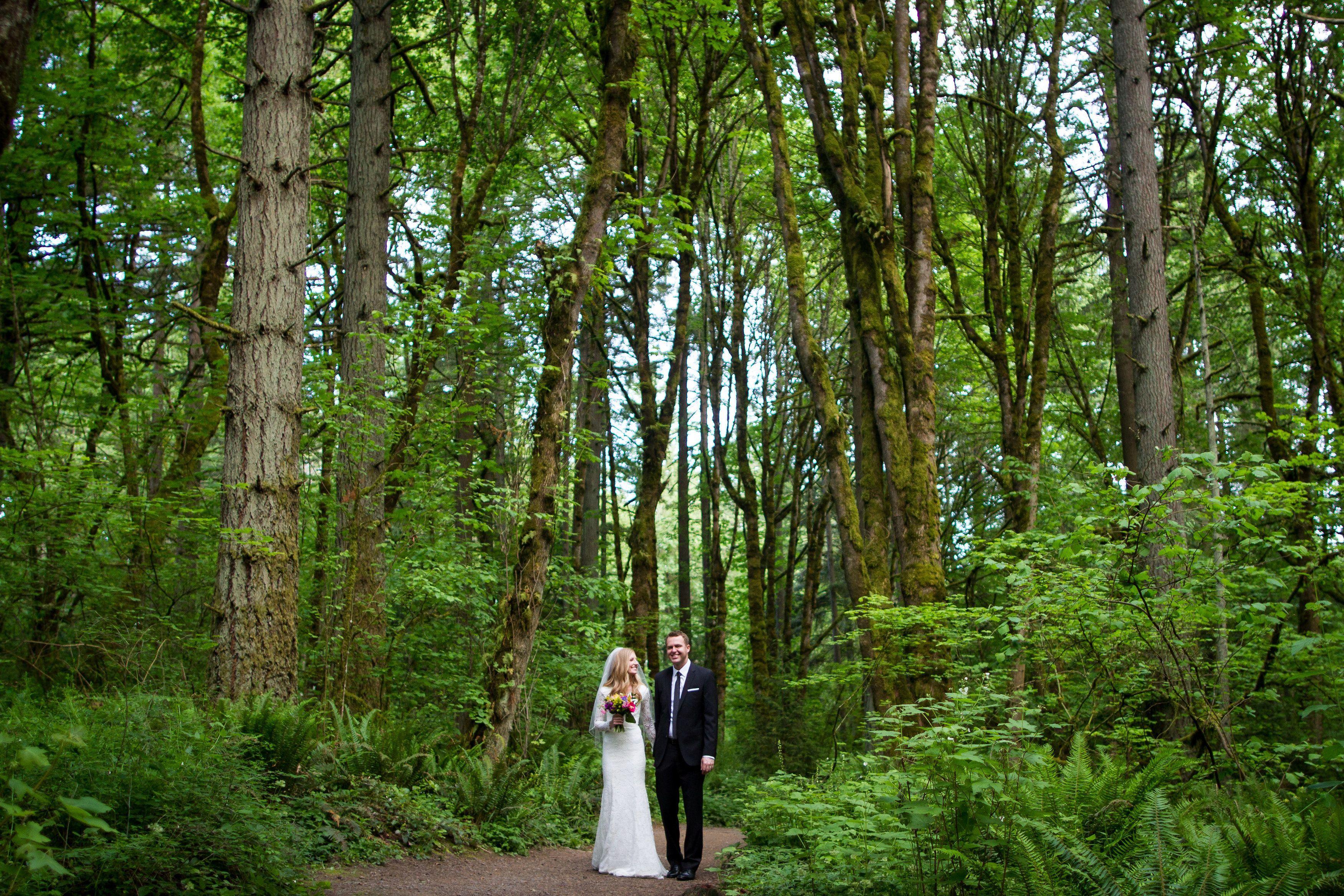 50s wedding decoration ideas  A Classic GardenInspired Wedding at Glenn u Viola Walters Cultural