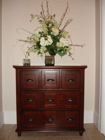 The Welcoming Glow Of Linden Street Cherry Road S Finish Sets Tone For Comfortable And Casual