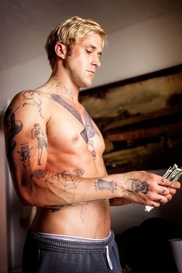 86a6de5e0993c Ryan Gosling tatted up with blonde hair ❤ just about the hottest thing I  can imagine