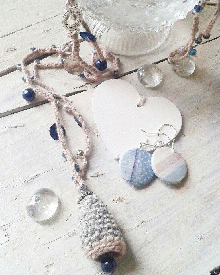 Collana crochet fatta a mano all'uncinetto