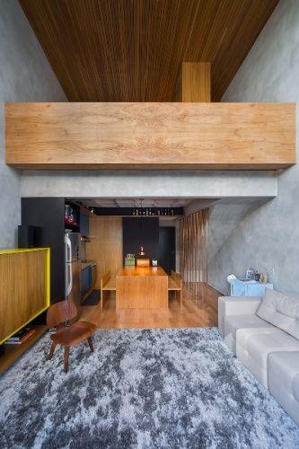 Vida em 45 m²: O apartamento tem móveis multiuso, concreto aparente e cores vivas - Casa e Decoração - UOL Mulher