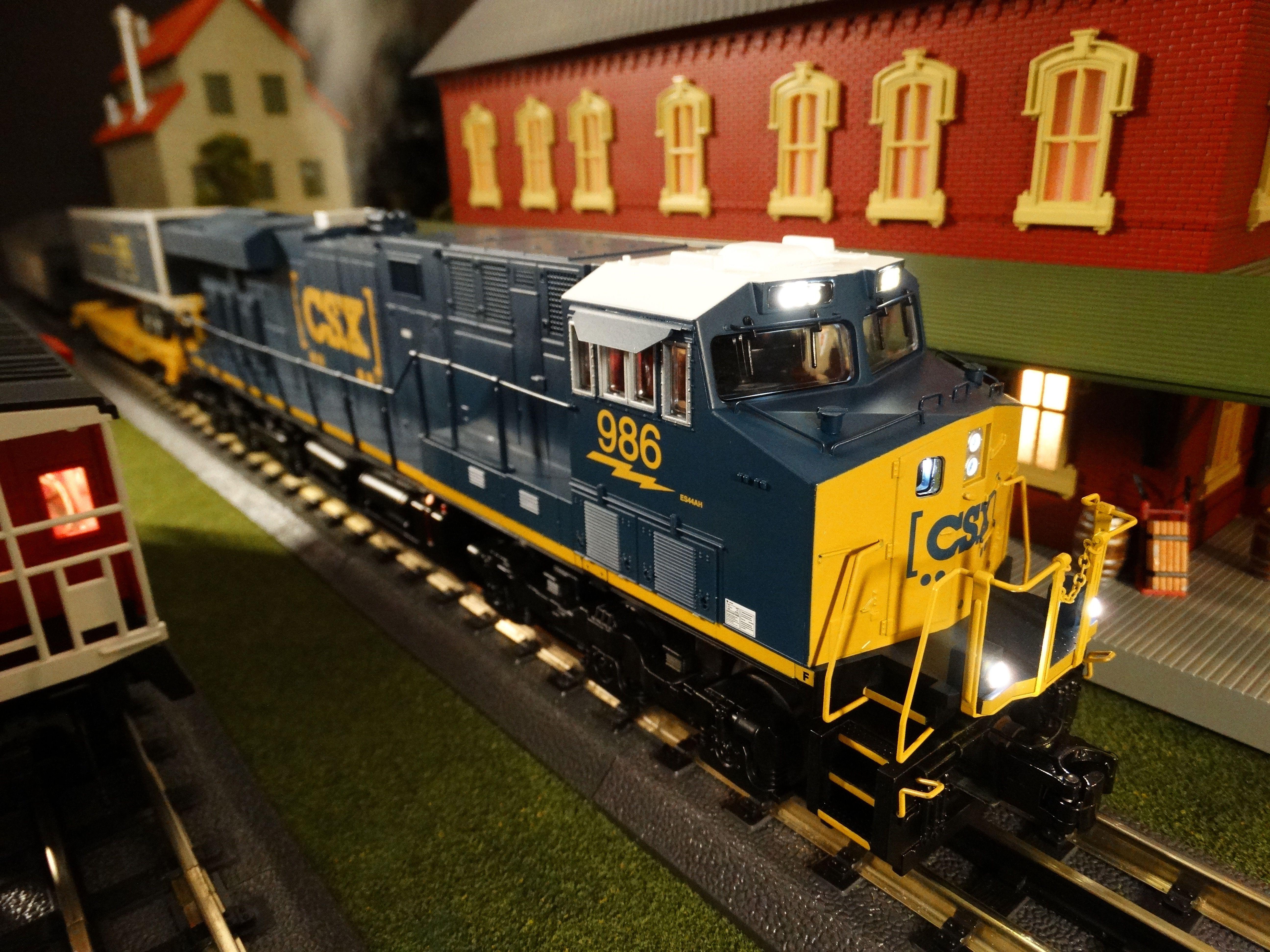 Find It Locally CSX - ES44AC Diesel R-T-R Freight Train ...