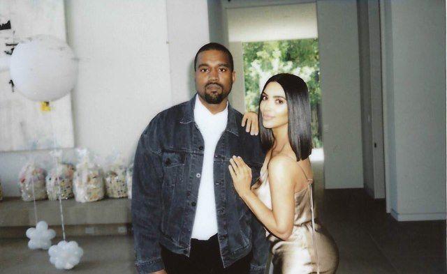 Neuigkeit Http Ift Tt 2aqv9b7 Darum Sprach Kim Kardashian Mit Ihrer Leihmutter Klartext Kim Kardashian Kanye West Kardashian Prominente Mutter