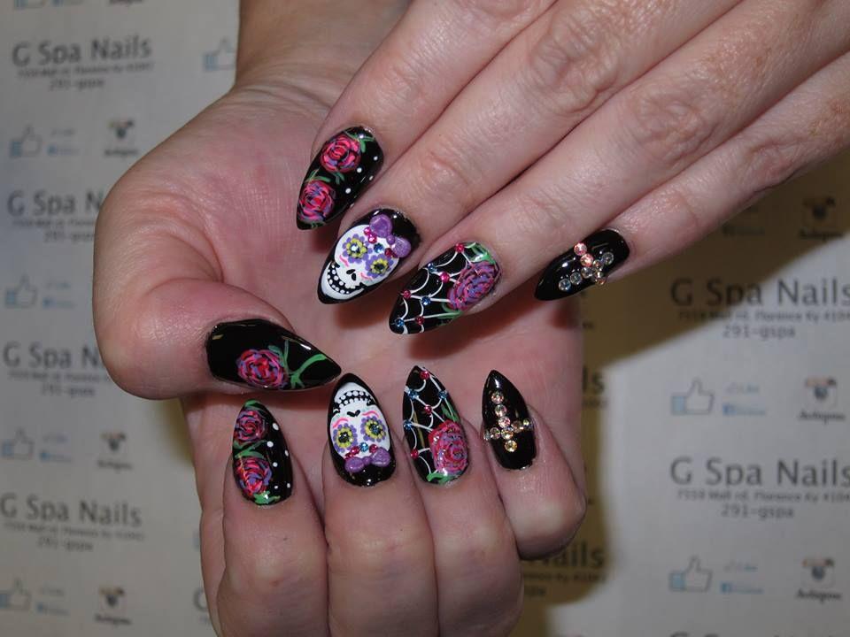 Sugar Skulls Nail Designs Nails Designs Pinterest Skull Nail