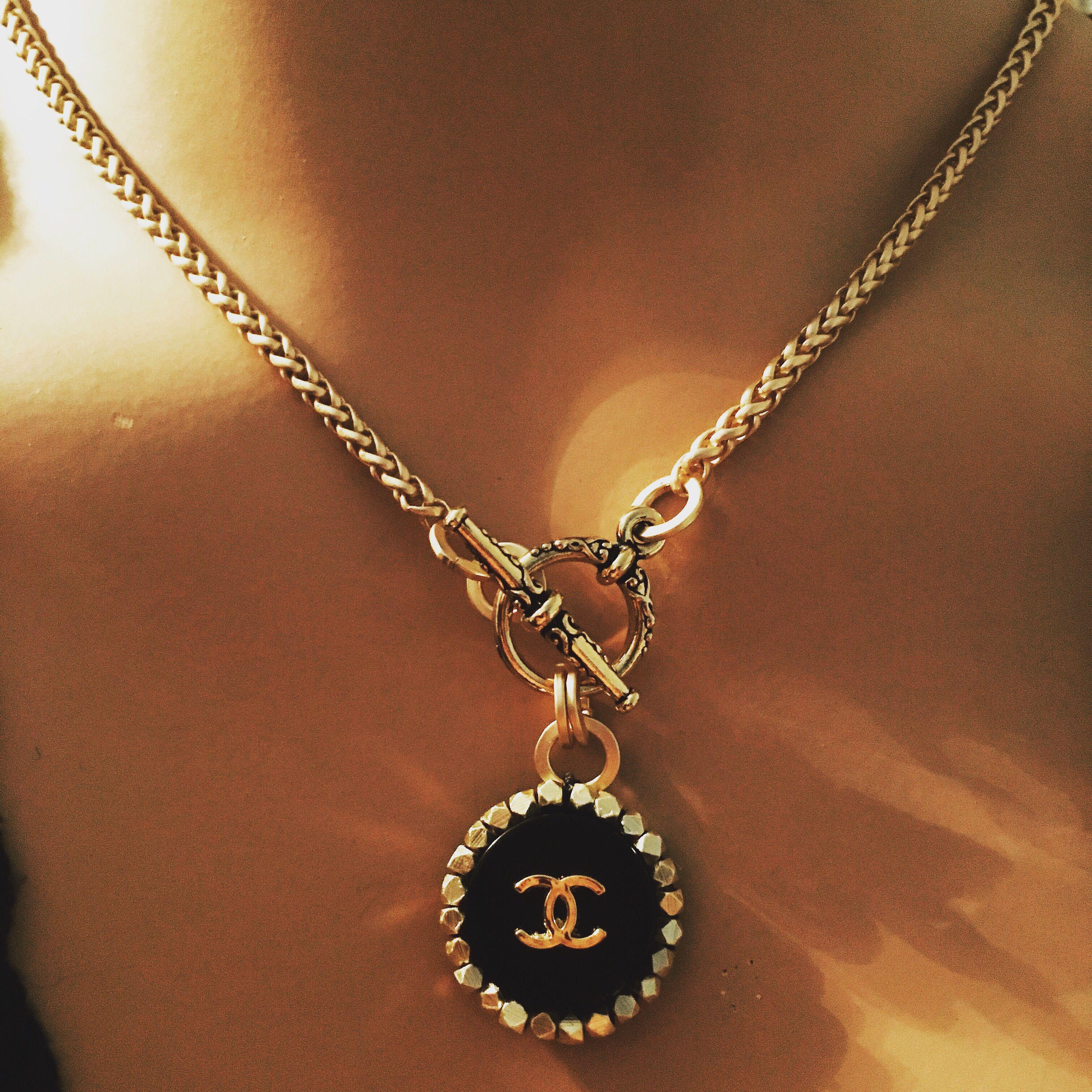 3e96ef37fde0c Coco Chanel Button CC logo on a new Gold Toned Rhinestone Necklace ...