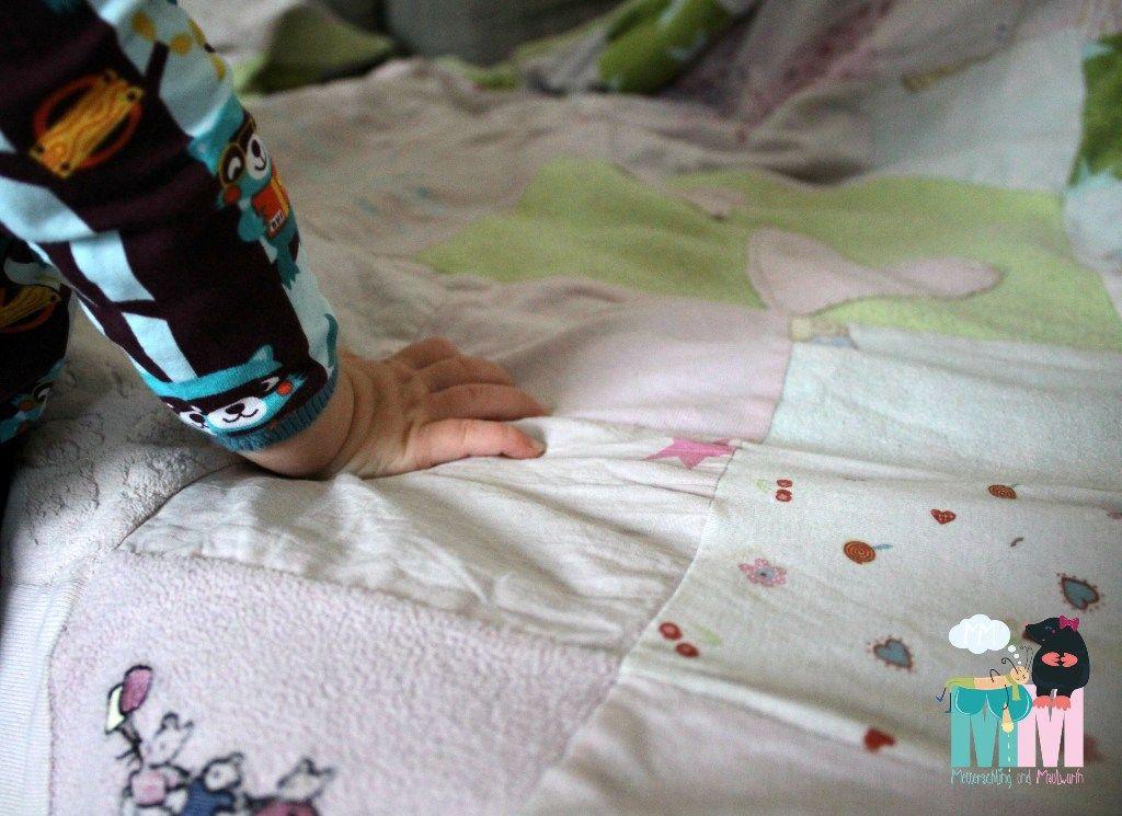 Decke aus Baby Sachen - Patchworkdecke selber machen | Nähen ...