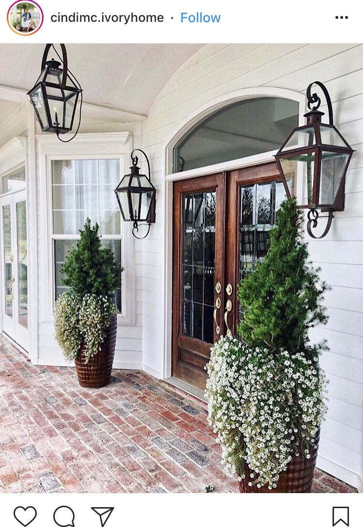 outside front door lights garden front door decor porch dont have but if only outside lantern lights pin by mariah on front door designs in 2018 pinterest porch