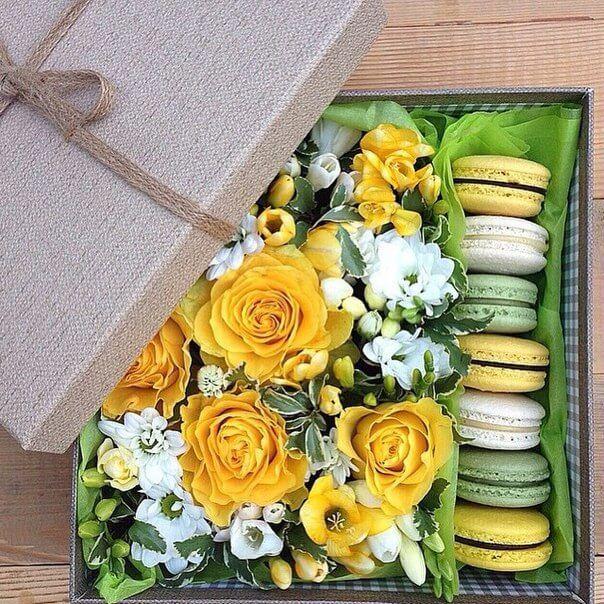 Цветы и Макаруны Миди