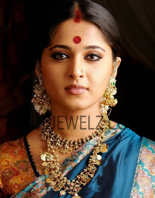 Anushka In Arundhati Movie Hd Images Google Search Bridal Saree Beautiful Outfits Saree