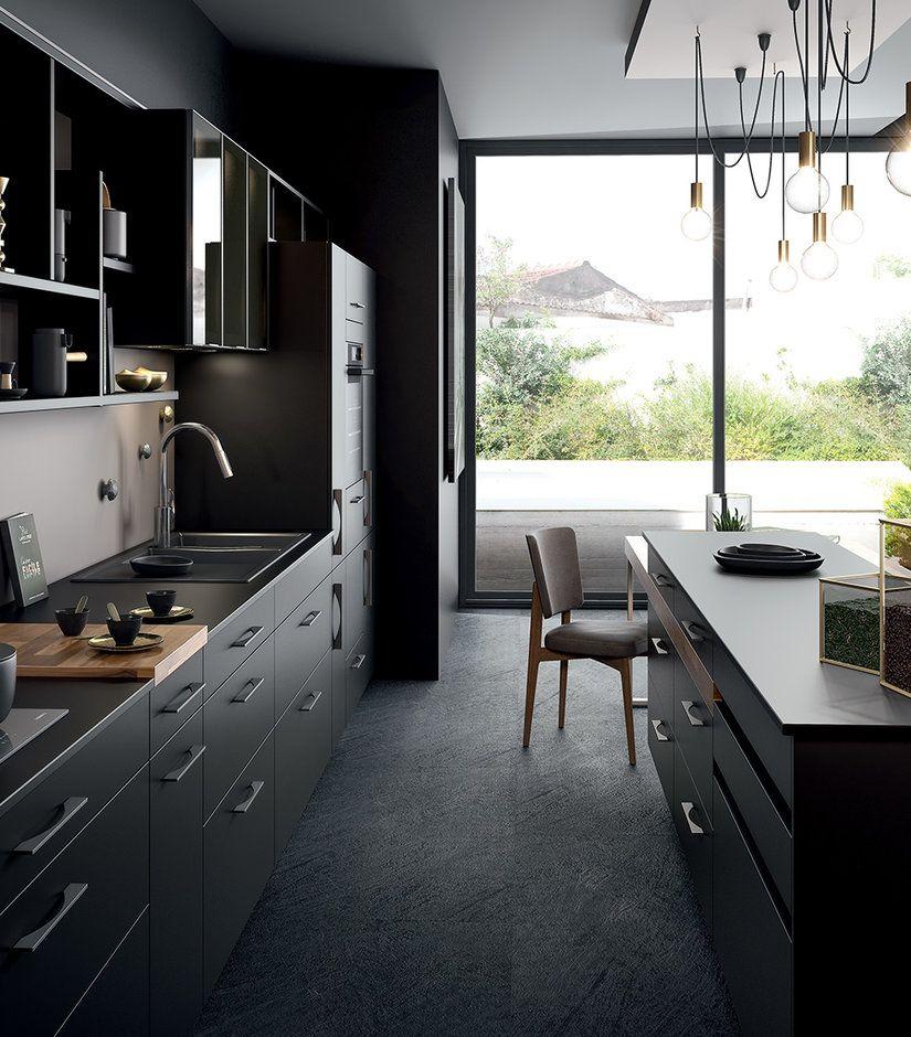 Ambiance Black Cuisine Moderne Decoration Interieure Cuisine Amenagement Cuisine Ouverte