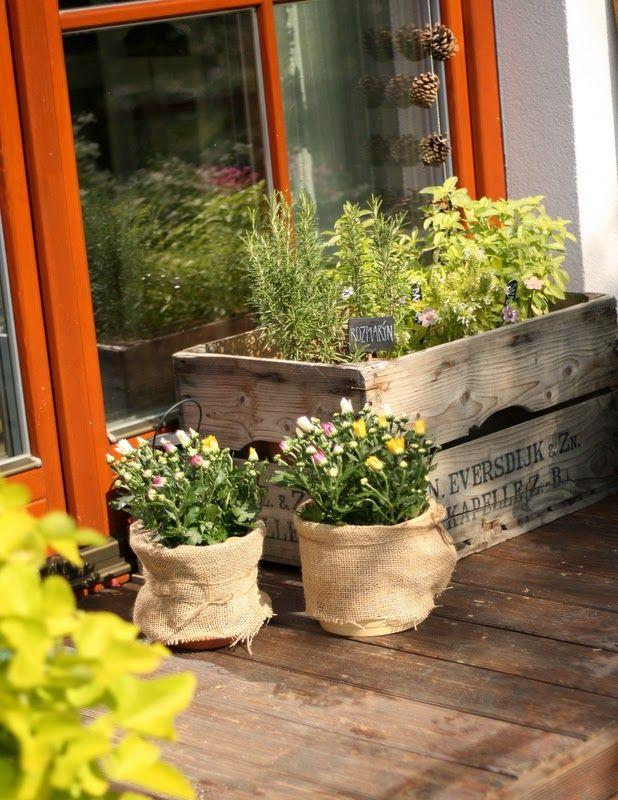 U nás na kopečku Planter pots, Garden, Planters