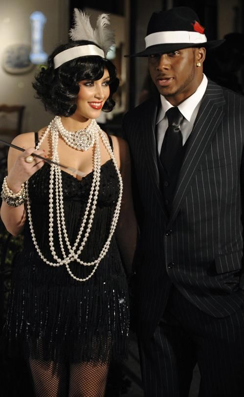 1920s Gangster And Flapper Costumes