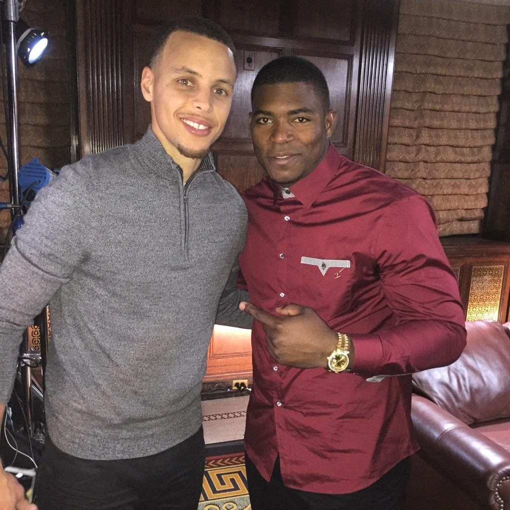 """Yasiel Puig on Twitter: """"Congratulations my friend @StephenCurry30 for winning the #NBA #3pointcontest #PlayStationHEROES 🏀 http://t.co/I43IBsm2Bx"""""""