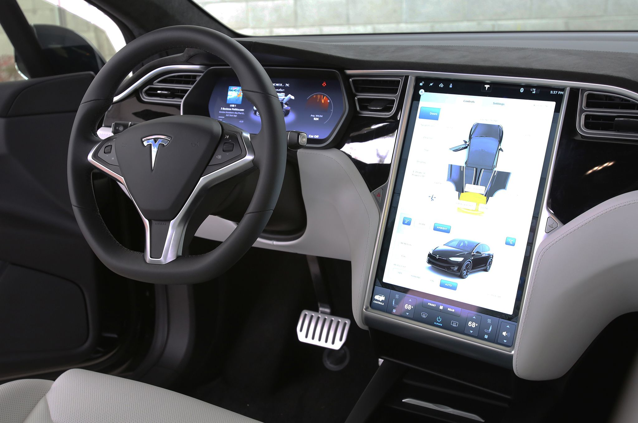 The 2016 tesla model x proves that tesla isn t elon musk s charming little hobby anymore it s become a serious car company