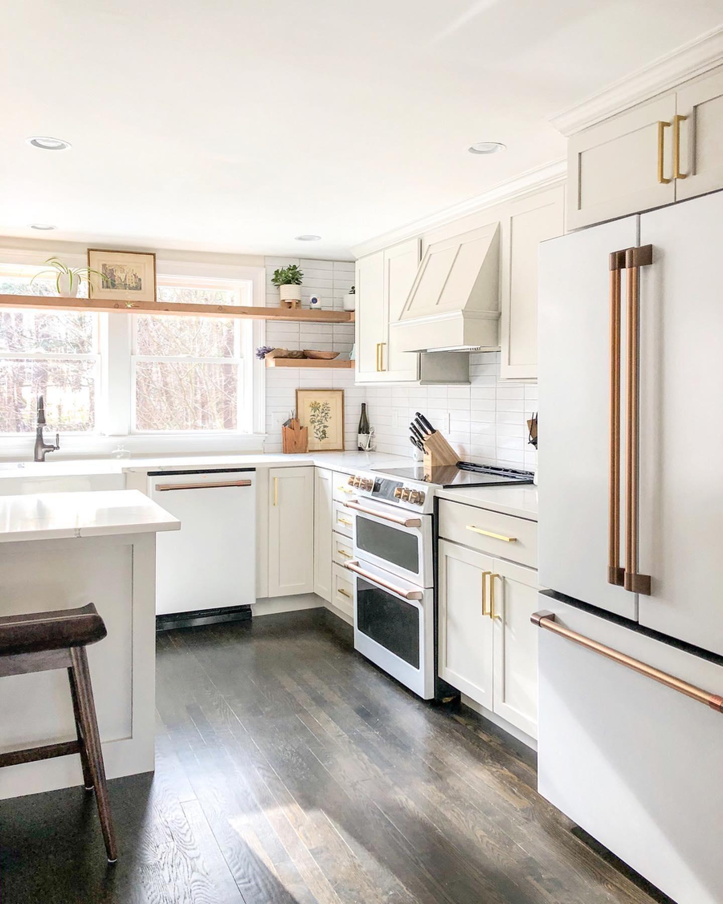Gallery in 2020   White kitchen appliances, Scandinavian ...