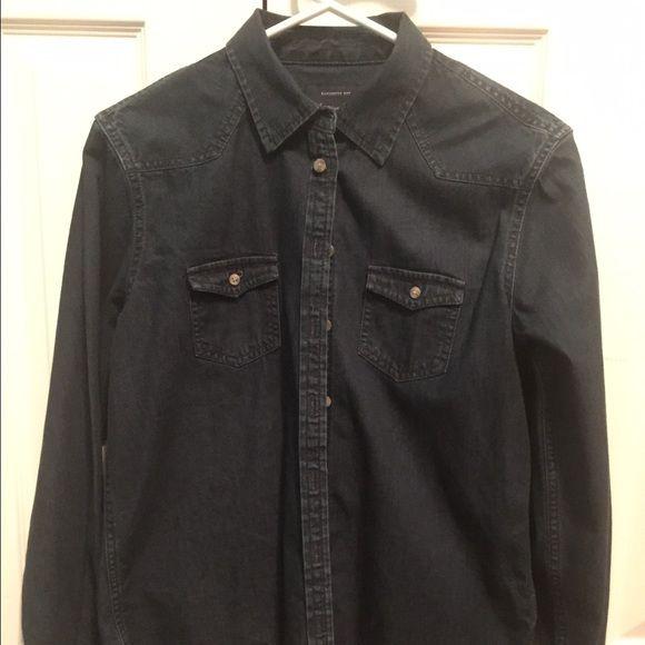 American Eagle Denim Button Down Barley Worn American Eagle Dark Denim Button Down Shirt, Great condition! American Eagle Outfitters Tops Button Down Shirts