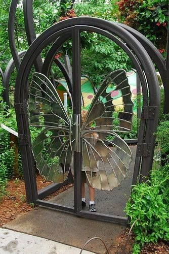 Entrance Butterfly wings Entrances and Windows Gate, Garden