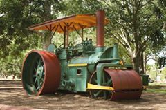 queens park steam roller lots of memories there. Black Bedroom Furniture Sets. Home Design Ideas