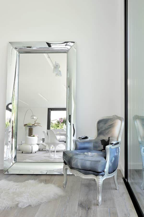 Miroir Francois Ghost Dessine Par Philippe Starck Pour Kartell Maison Kartell Meuble