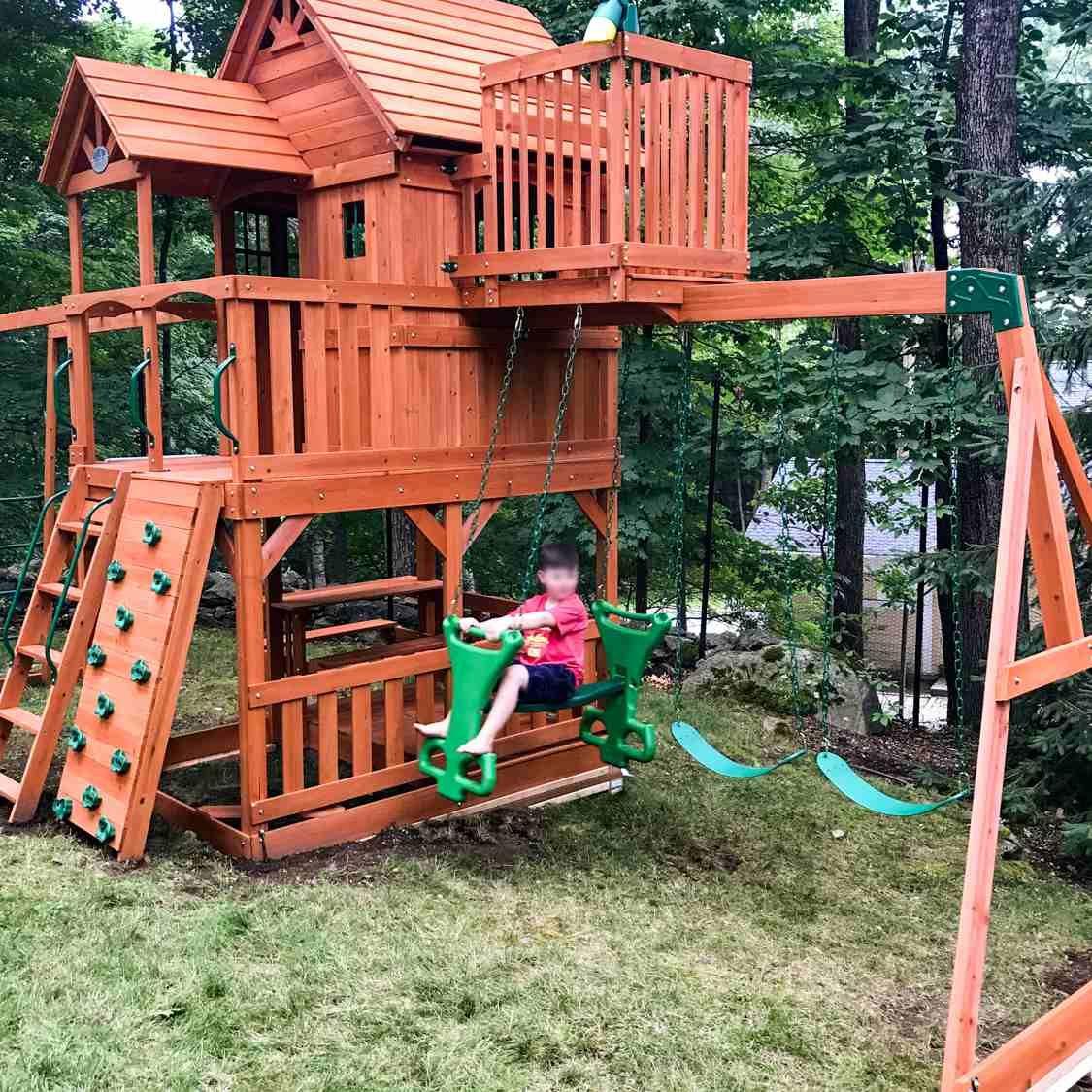 Impressive Backyard Jungle Gym Ideas Jungle Gyms Permit Children To Interact And Communicate Wi Wooden Playground Equipment Wooden Playground Backyard Playset