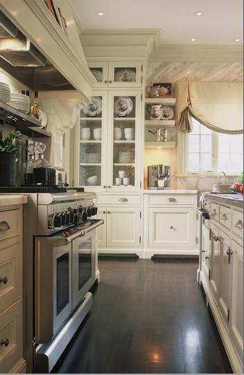 Traditional Kitchen, by Gluckstein //www.glucksteindesign.com ... on traditional kitchen paint ideas, traditional kitchen decorating ideas, traditional kitchen design ideas,