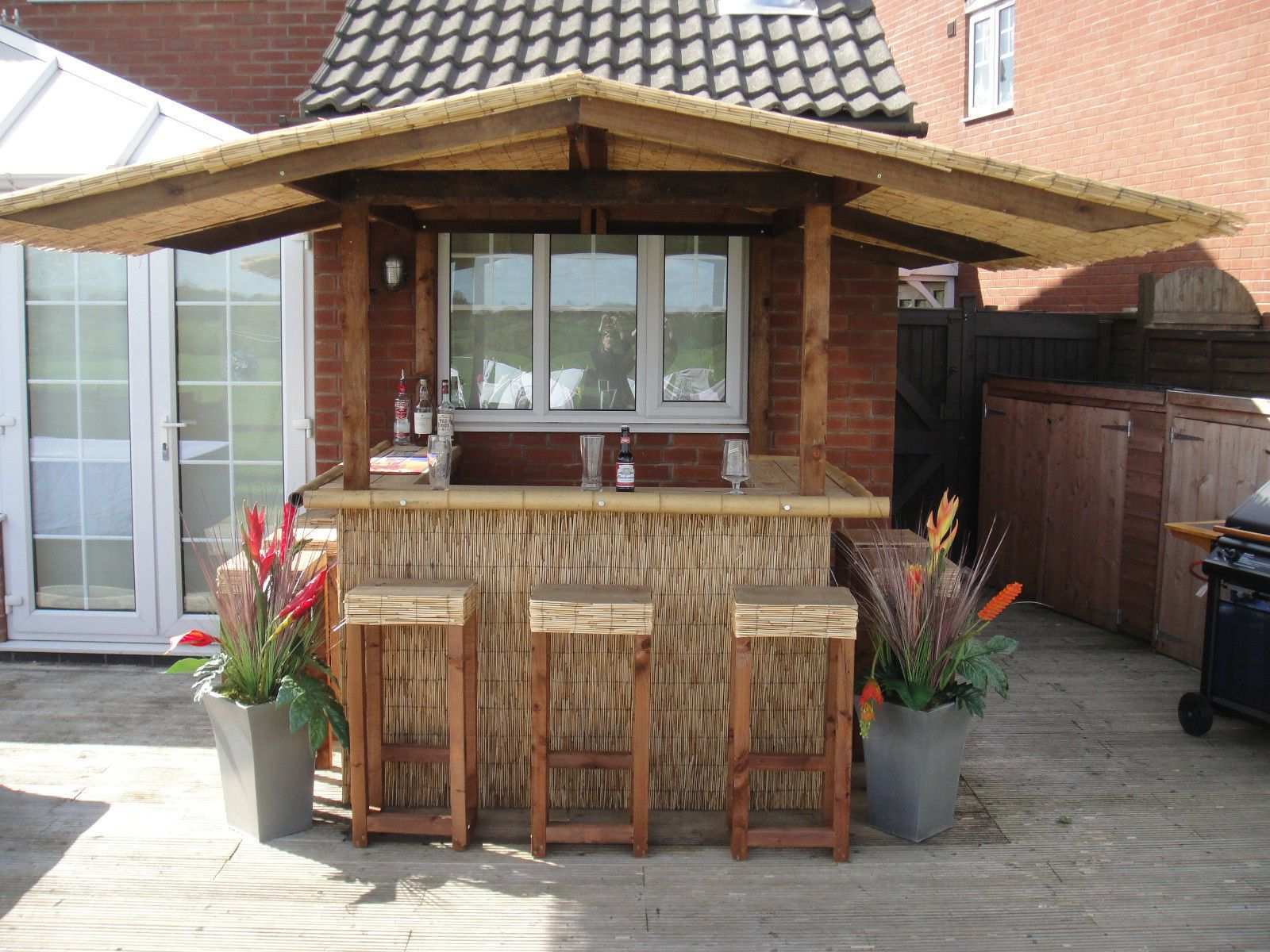 Awesome Related Image | Bar Outdoor | Pinterest | Outdoor Tiki Bar, Thatched Roof  And Tiki Bars