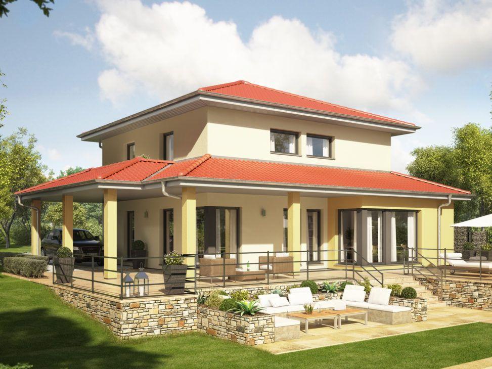 Mediterranes Haus modern mit Zeltdach Architektur, Erker