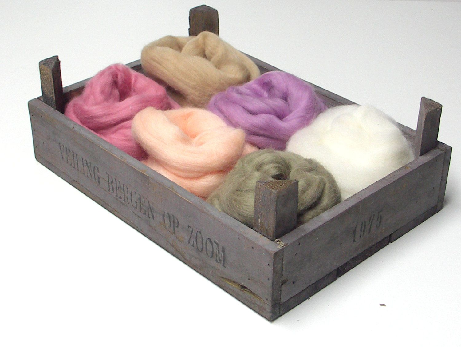 Merino wool roving, Merino tops, pastel colors, felting and spinning wool