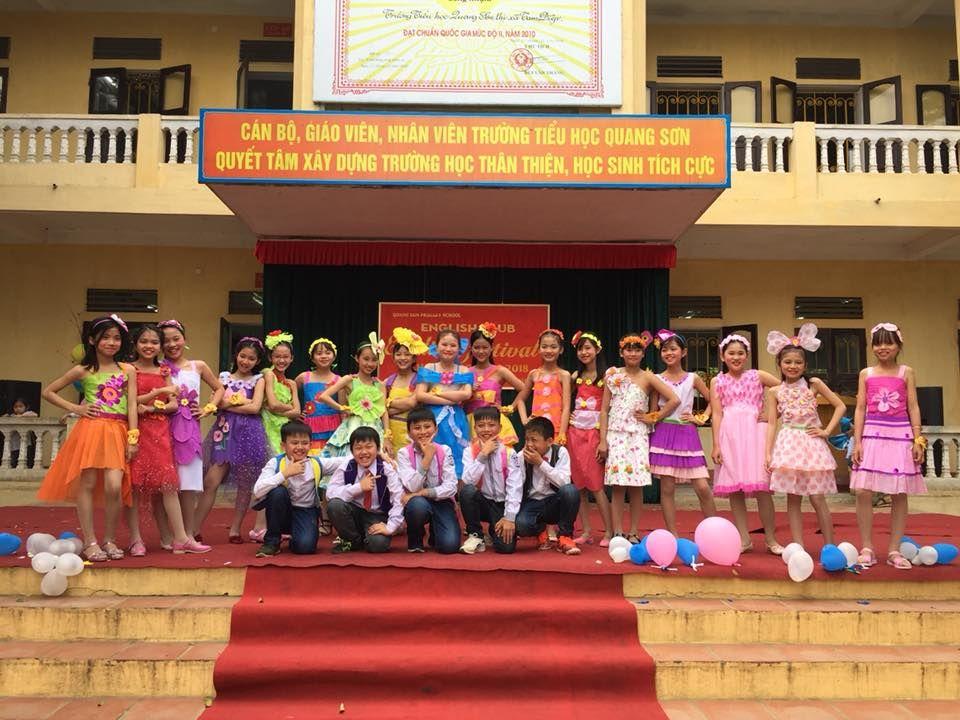 Áo cờ đỏ sao vàng trường tiểu học Quang Sơn - Hình 2