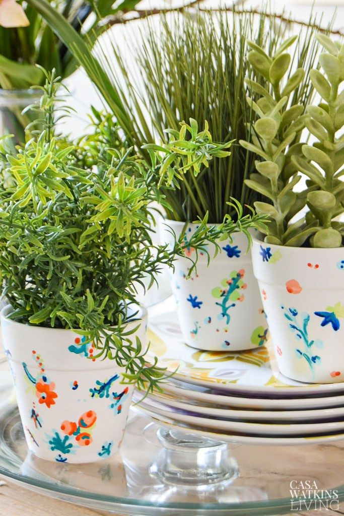 Decorating The Dining Room For Summer With Planters ...