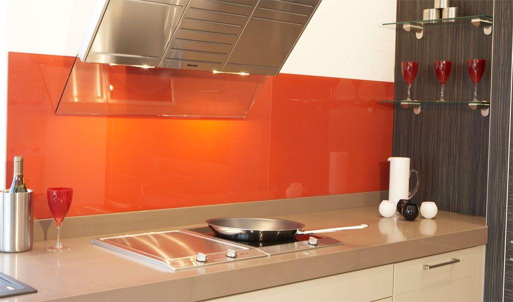 Orange Splash-back with beige worktop - big fan ) Kitchen - glas spritzschutz küche